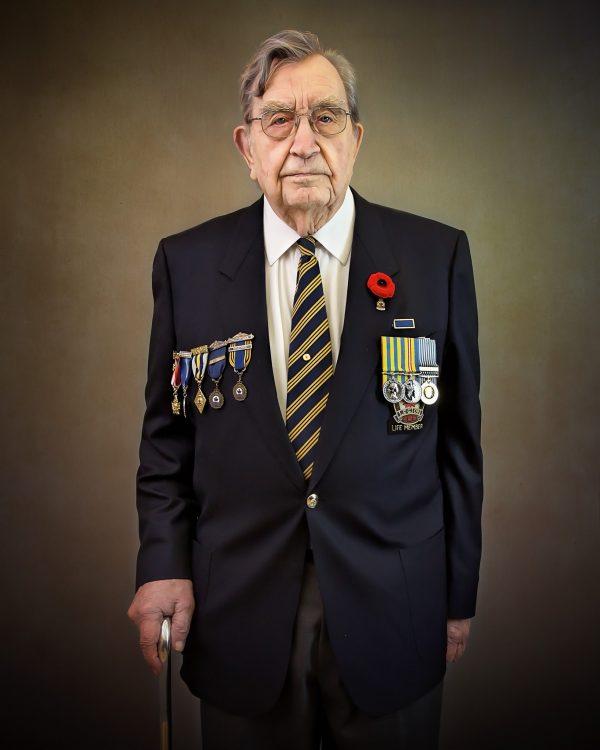 Alana Lee Photography: portrait of Korean war veteran Aimes Nystrom