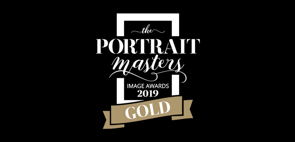 the portrait masters 2019 gold award winner is Alana Lee